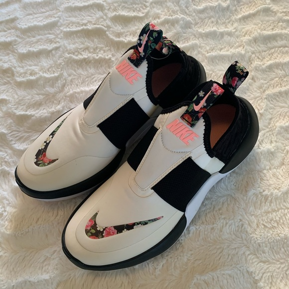 Nike Shoes - NIKE Nitroflo VF Rare